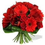 Ярко-красный букет от Chelldon-