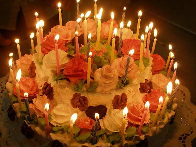 Такая вот дилема На свой День Рождения хочу торт и 18 свечек.  Чтобы желание можно было загадать и свечки задуть.